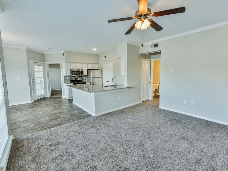 Wimberly Floorplan, kitchen and living room
