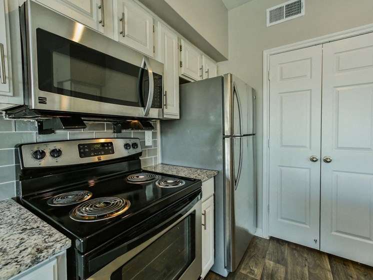 Wimberly Floorplan, kitchen with stove and microwave