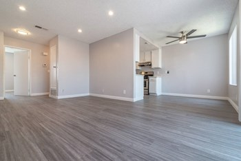 1422 E9th Street 1-3 Beds Apartment for Rent Photo Gallery 1