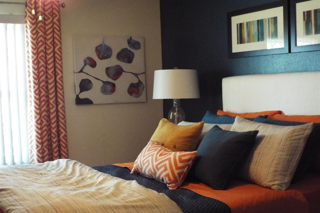 Live in Cozy Bedrooms at Aviare Place, Midland, TX