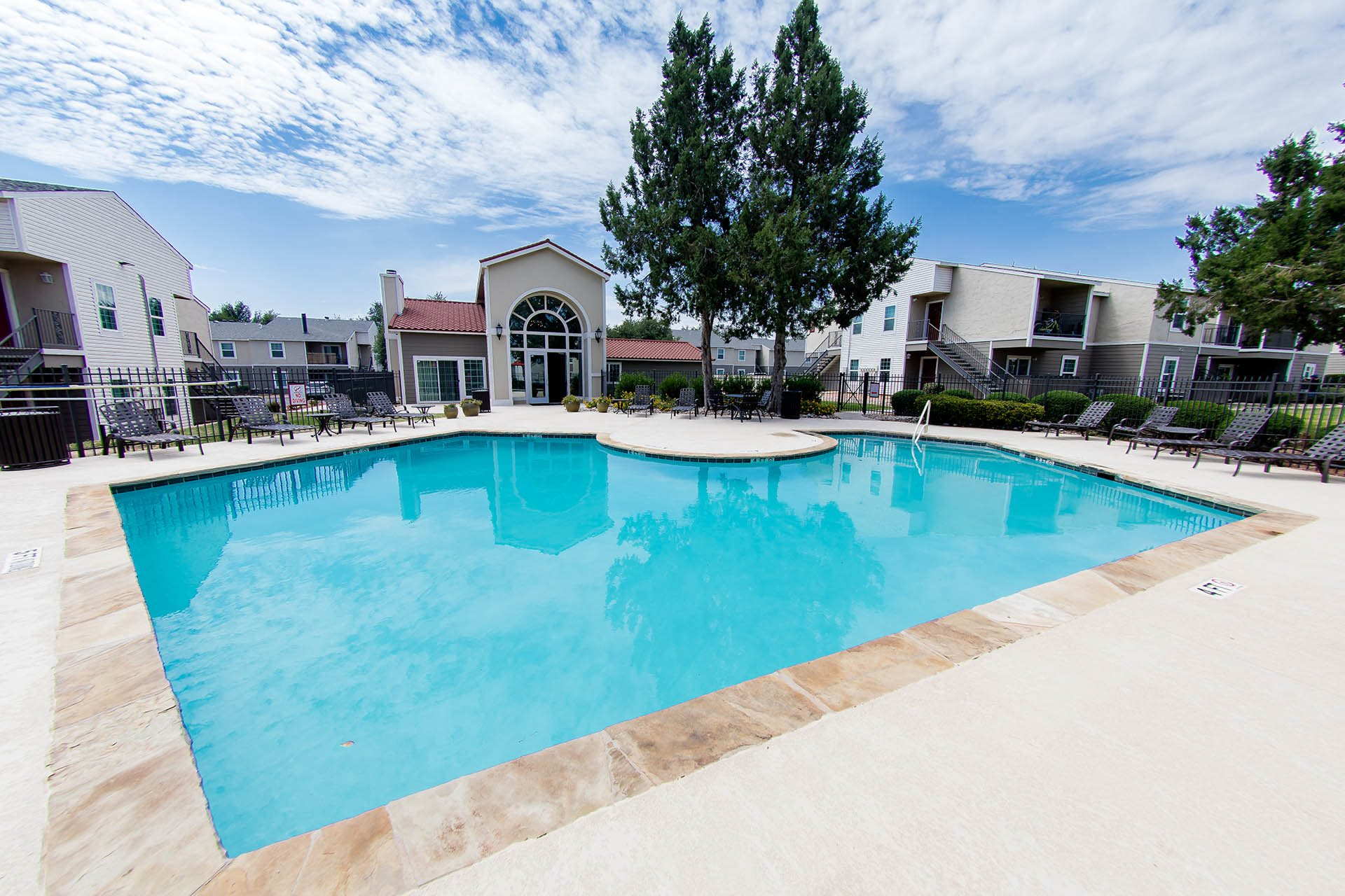 Pleasing Apartments In Midland Tx Aviare Place Apartments Beutiful Home Inspiration Xortanetmahrainfo