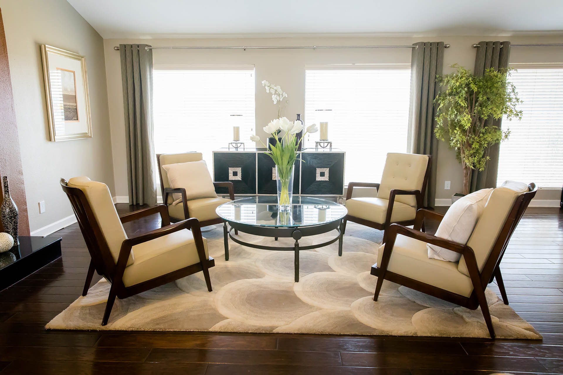 Cozy Seating Area at Hawthorne House, Midland