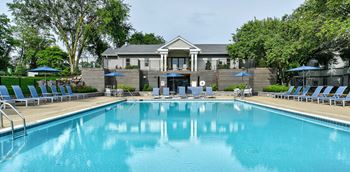 2820 Windwood Dr. 1-2 Beds Apartment for Rent Photo Gallery 1