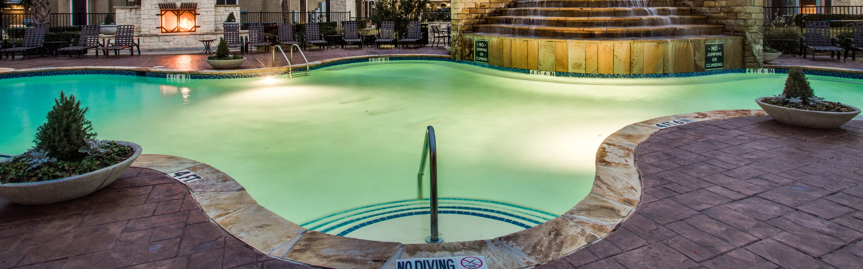 Sparkling Swimming Pool at Orion Prosper Lakes