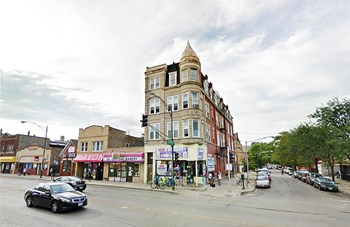 2700 W. Cermak Rd. 2-3 Beds Apartment for Rent Photo Gallery 1