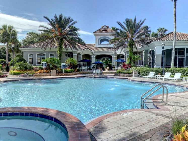 Clubhouse Swimming Pool at Tuscany Bay Apartments, Florida, 33626