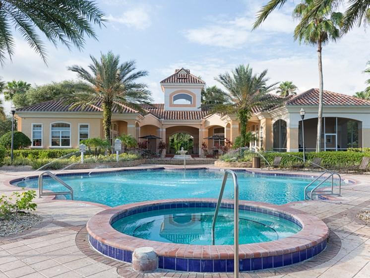 Roman Soaking Tub at Tuscany Bay Apartments, Tampa, Florida