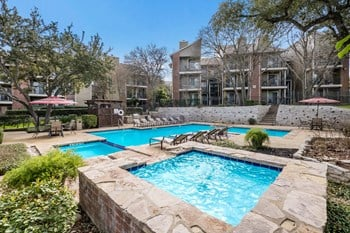1550 Thousand Oaks Drive 1-2 Beds Apartment for Rent Photo Gallery 1