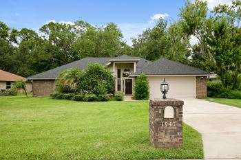 1941 Spruce Creek Landing 3 Beds House for Rent Photo Gallery 1
