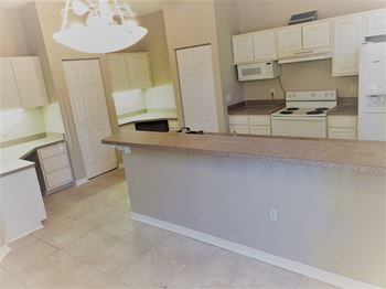 5041 Sunridge Palms, Unit 102 4 Beds House for Rent Photo Gallery 1