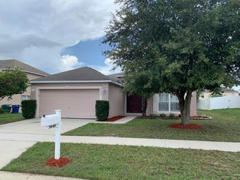 5640 Royal Hills Dr 3 Beds House for Rent Photo Gallery 1