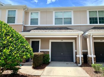 726 Crystal Way 2 Beds House for Rent Photo Gallery 1