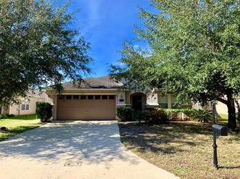 76270 Deerwood Dr 3 Beds House for Rent Photo Gallery 1