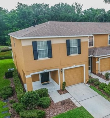 4401 Silver Falls Drive 3 Beds House for Rent Photo Gallery 1