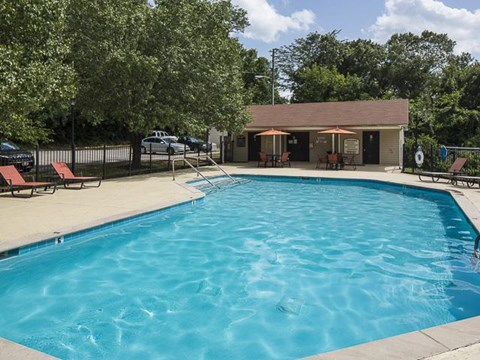 Swimming Pool | Landmark at Lyncrest Reserve Apartment Homes Nashville, TN