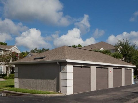 Osprey Links at Hunter's Creek | Apartments for Rent in Orlando, FL | Detached Garages Available with Remotes