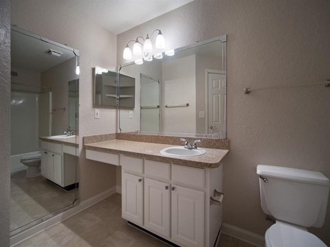 Osprey Links at Hunter's Creek | Apartments for Rent in Orlando, FL |