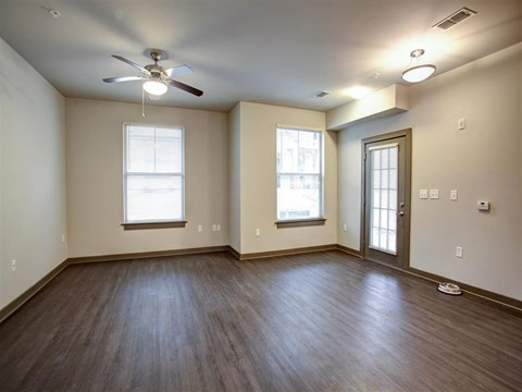 Park 9 Apartment Homes | Apartments for Rent in Woodstock, GA | Living Room