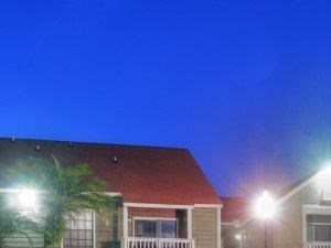 St. James Crossing | Apartments for Rent in Tampa, FL | Swimming Pool