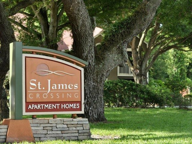 St. James Crossing   Apartments for Rent in Tampa, FL   Entrance Sign