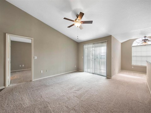 The Parkway at Hunters Creek | Apartments for Rent in Orlando, FL | Living Room