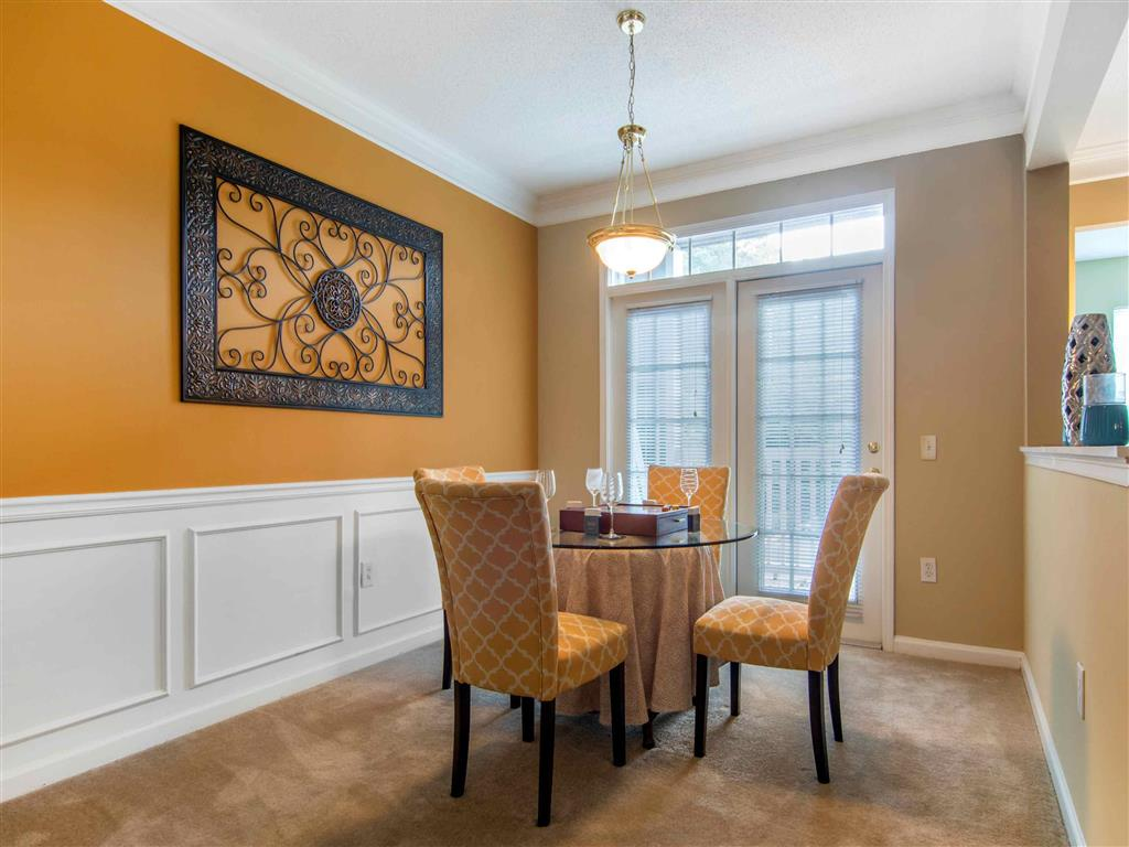 Dining Room | The Retreat at Kedron Village Apartment Homes Peachtree City, GA