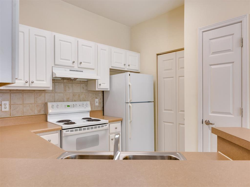 Kitchen Counter | Village at Almand Creek Apartments Conyers, GA