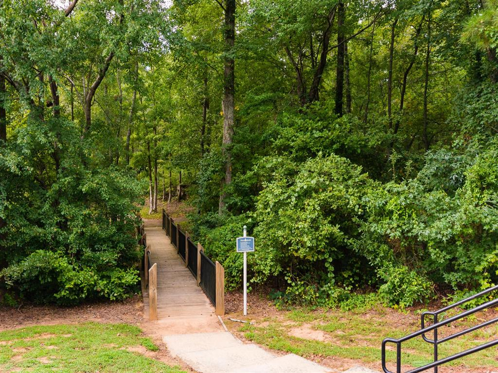 Nature Trail | Village at Almand Creek Apartments Conyers, GA
