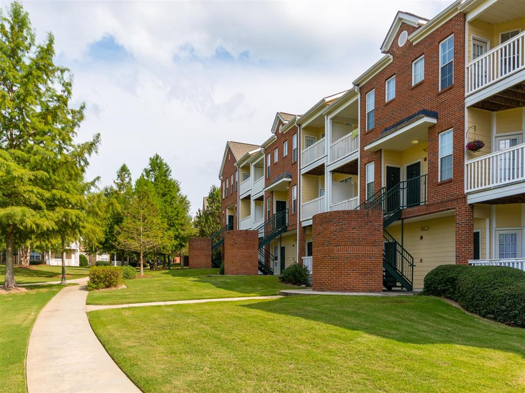 Exterior | Village at Almand Creek Apartments Conyers, GA