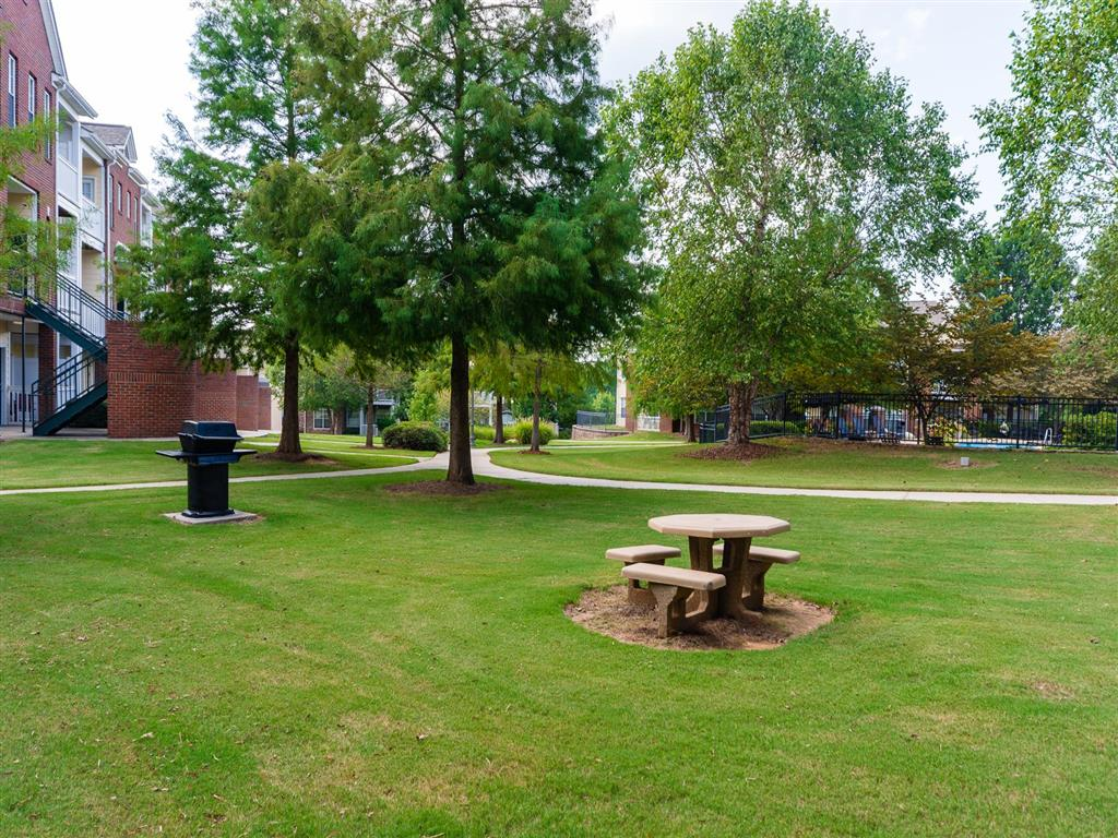 Picnic Area | Village at Almand Creek Apartments Conyers, GA