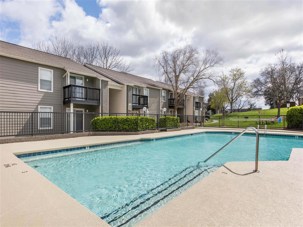 Windsor Park Apartments for Rent in Hendersonville, TN | Swimming Pool