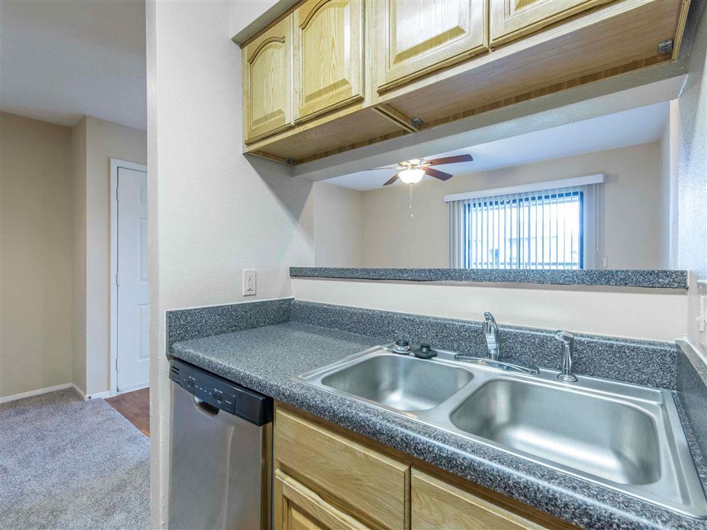 Saratoga   Apartments For Rent in Melbourne, FL   Kitchen