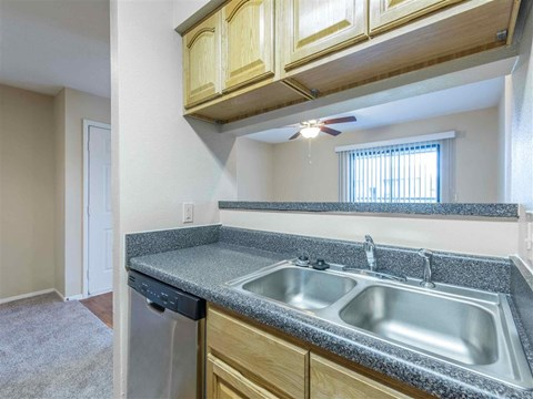 Saratoga | Apartments For Rent in Melbourne, FL | Kitchen
