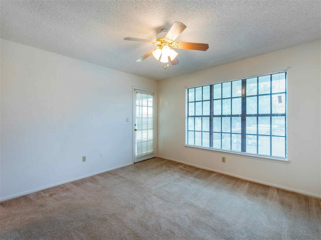 Saratoga | Apartments For Rent in Melbourne, FL | Living Room