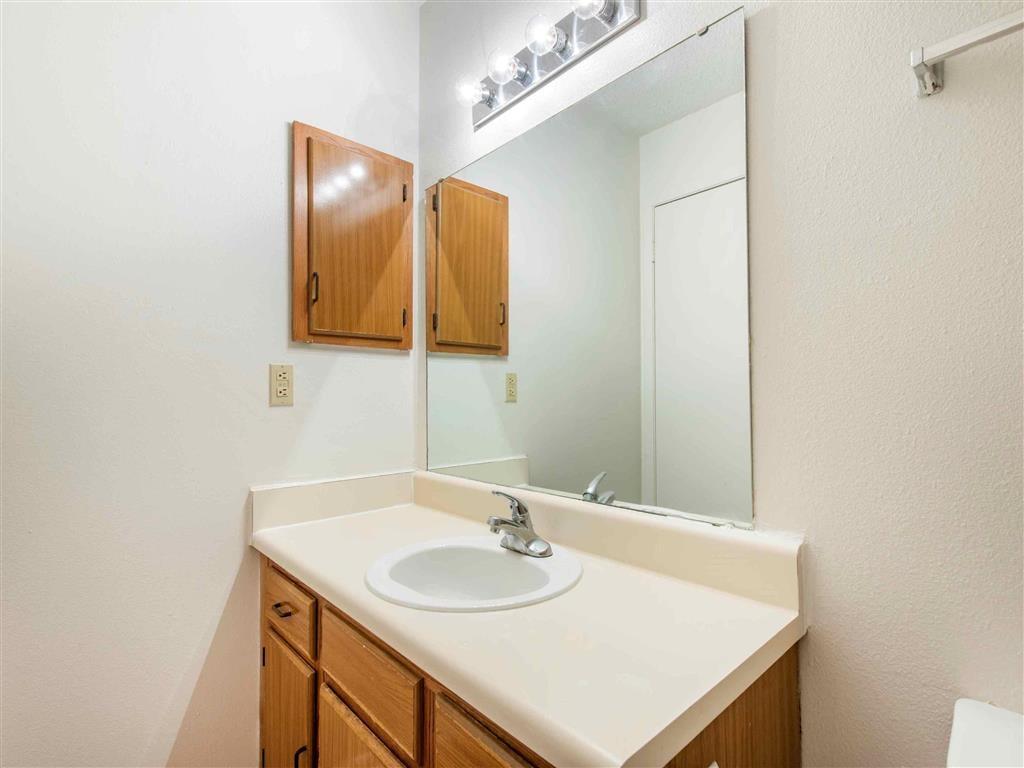 Saratoga   Apartments For Rent in Melbourne, FL   Bathroom
