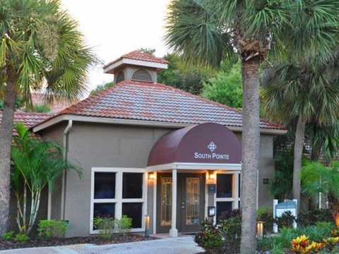 South Pointe | Apartments For Rent in Tampa, FL | Leasing Office Entrance