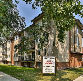 416 – 7 Street NW, 3 Beds Apartment for Rent Photo Gallery 1