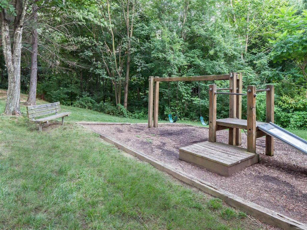 Swings| Aston Woods | Apartments in Silver Spring, Maryland