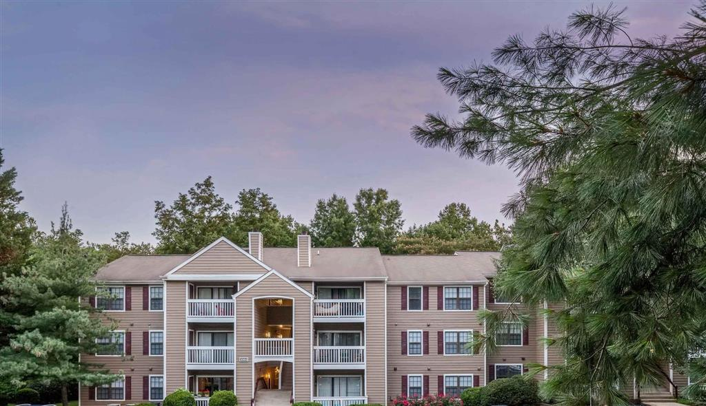 Exterior | Aston Woods | Apartments in Silver Spring, Maryland