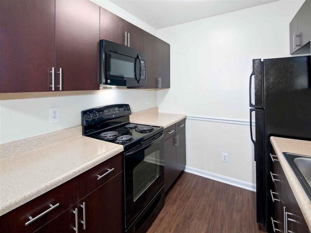Kitchen| Aston Woods | Apartments in Silver Spring, Maryland