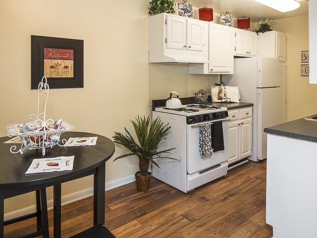 Kitchen and Dining | Grand Arbor Reserve Apartment Homes Raleigh, NC