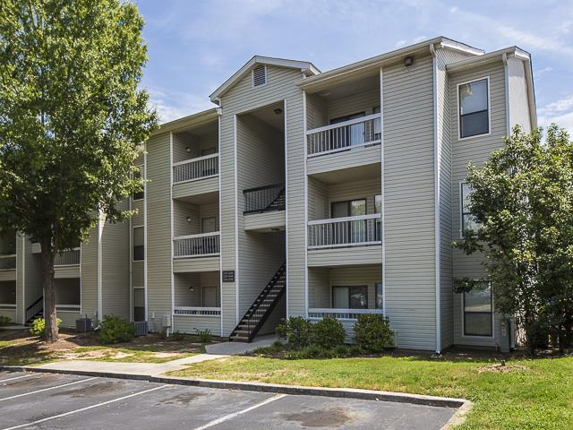 Exterior | Landmark at Pine Court Apartment Homes Columbia, SC