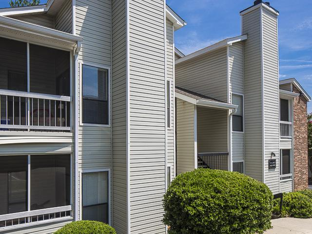 Apartment Buildings | Landmark at Pine Court Apartment Homes Columbia, SC