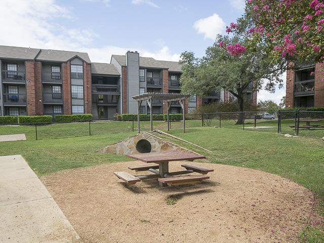 Dog Park and Picnic Area | Landmark at Prescott Woods Apartment Homes Austin, TX