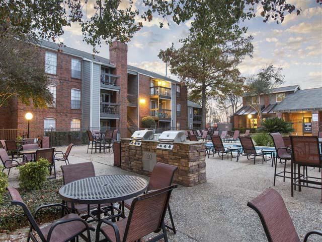 Exterior | Landmark at Prescott Woods Apartment Homes Austin, TX