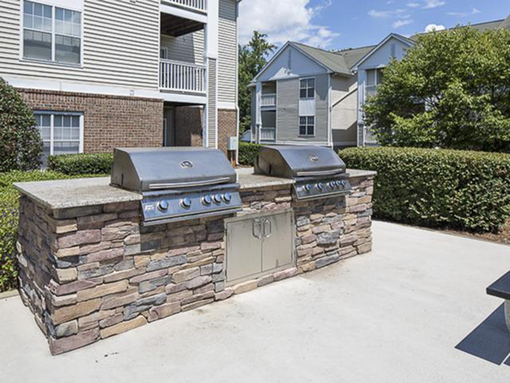 Outdoor Pool-side Grilling | The Grayson Apartment Homes Charlotte, NC
