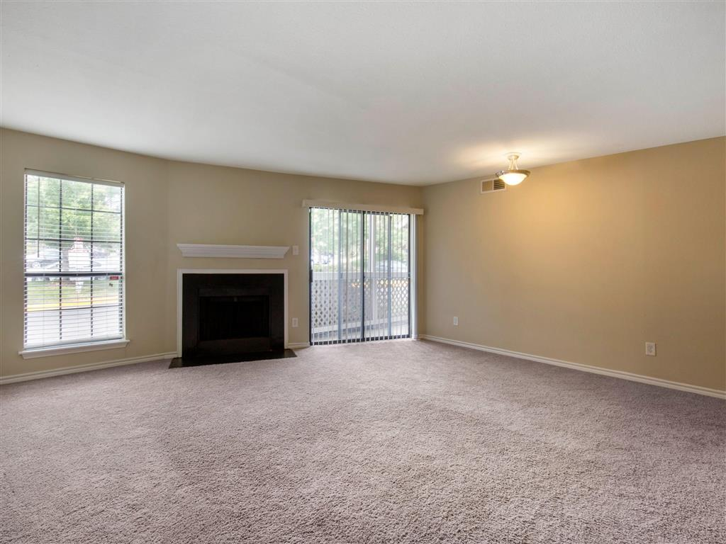 Hampton Point | Apartments For Rent in Silver Spring, MD | Living Room