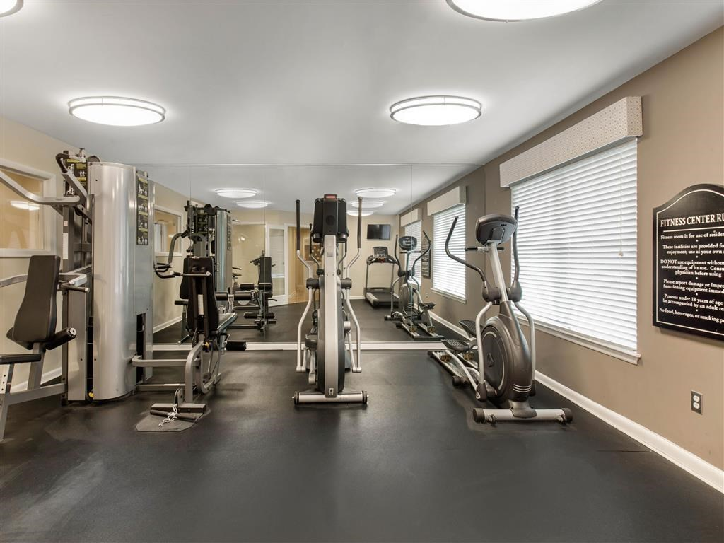 The Verandahs Apartments For Rent in Montgomery Village, MD   Fitness Center