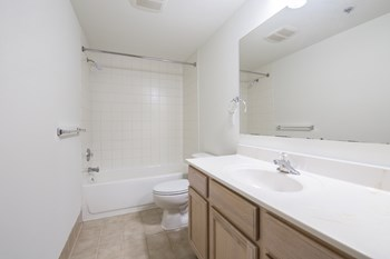 1022-1030 N 2nd St 1-3 Beds Apartment for Rent Photo Gallery 1