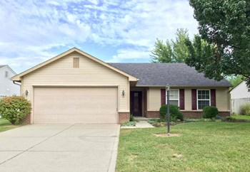 12130 Madrone Dr 3 Beds House for Rent Photo Gallery 1